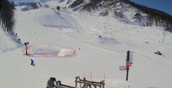 В России временно закроются все отели и горнолыжные трассы 1