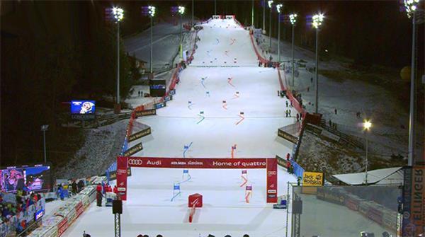 «Флексен-Арена» готова принять параллельные гонки Кубка мира в Цюрсе 1