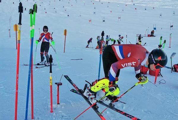 Российские горнолыжники продолжают тренировки в Австрии 1