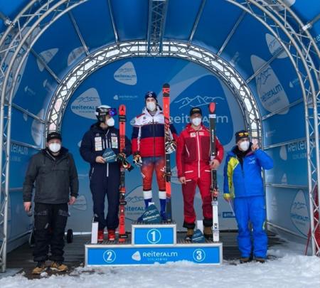 Никита Казазаев — победитель международных соревнований FIS в гиганте в Райтеральме 1