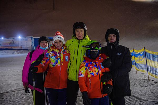 Олег Матыцин исполнил новогоднюю мечту юного горнолыжника из Мурманской области 1