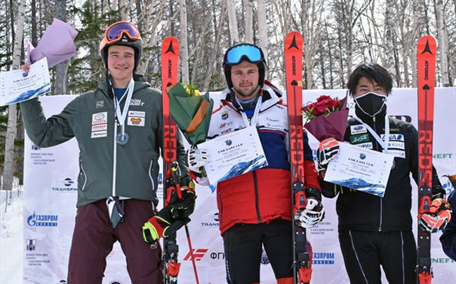 Екатерина Ткаченко и Иван Кузнецов выиграли первые гонки Кубка Азии 1