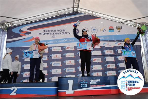 Горнолыжники Камчатки стали победителями первого дня ЧР в Елизово, выиграв супергигант 1