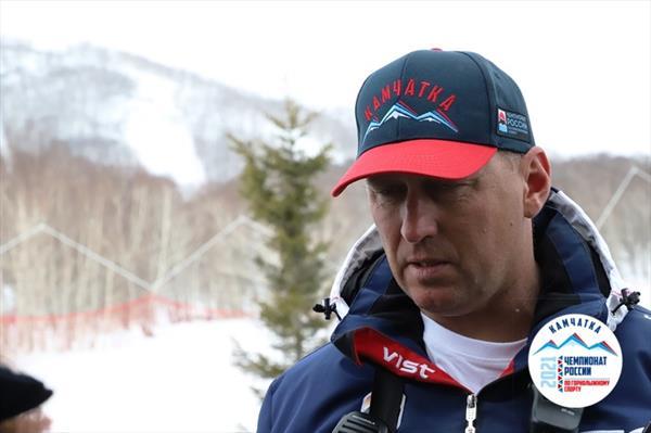 Почти 130 горнолыжников поборются за победу в супергиганте на открытом ЧР на Камчатке 1