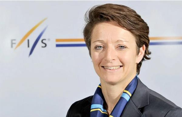 Бывший генсек FIS Сара Льюис вступает в борьбу за пост президента организации 1