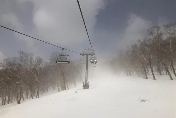 Сегодняшние гонки ЧР по горнолыжному спорту в Елизово перенесены на 3 апреля из-за погоды 1