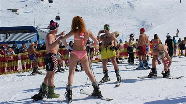 В Мурманскую область возвращается горнолыжный фестиваль «Хибины-Бикини» 1