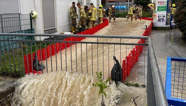 Разгул стихии в Австрии: от наводнения пострадали даже горнолыжные курорты 1